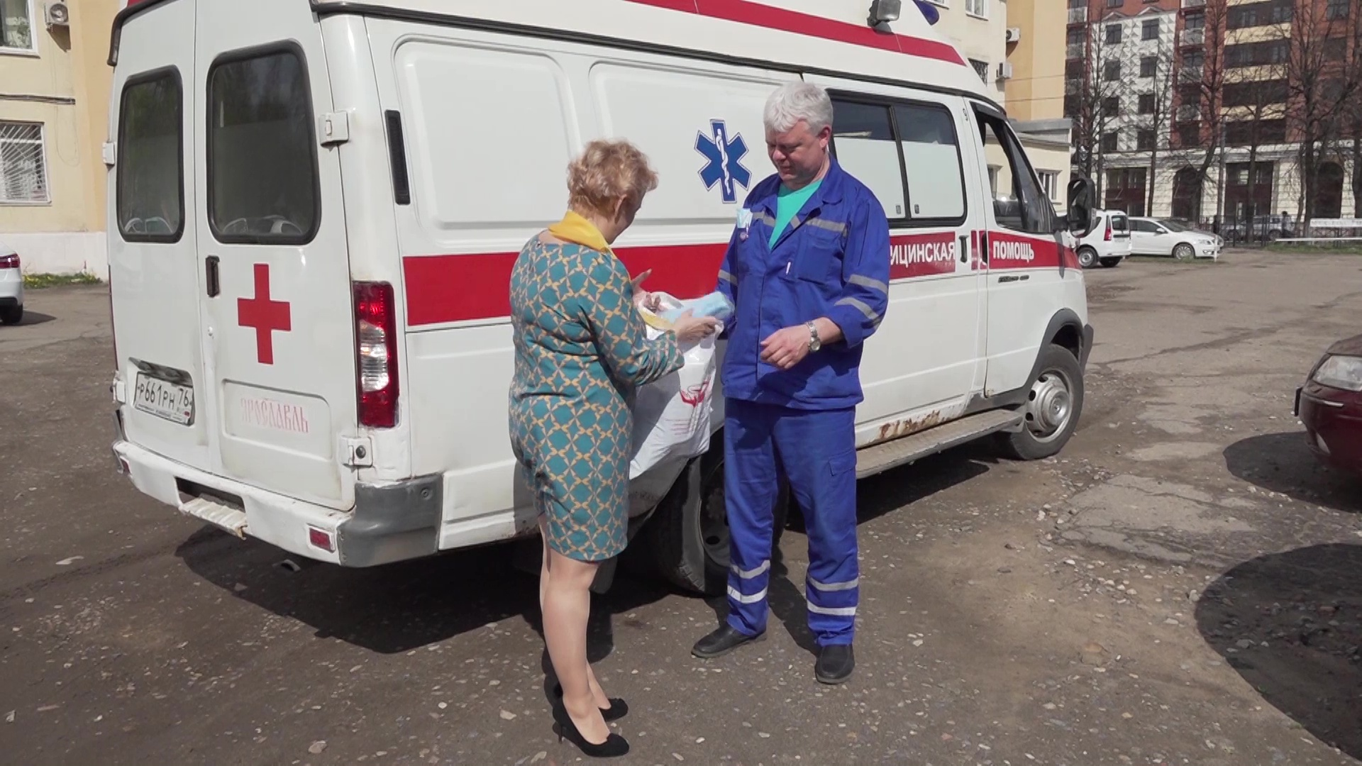 Областной профсоюз работников здравоохранения передал больницам защитные маски