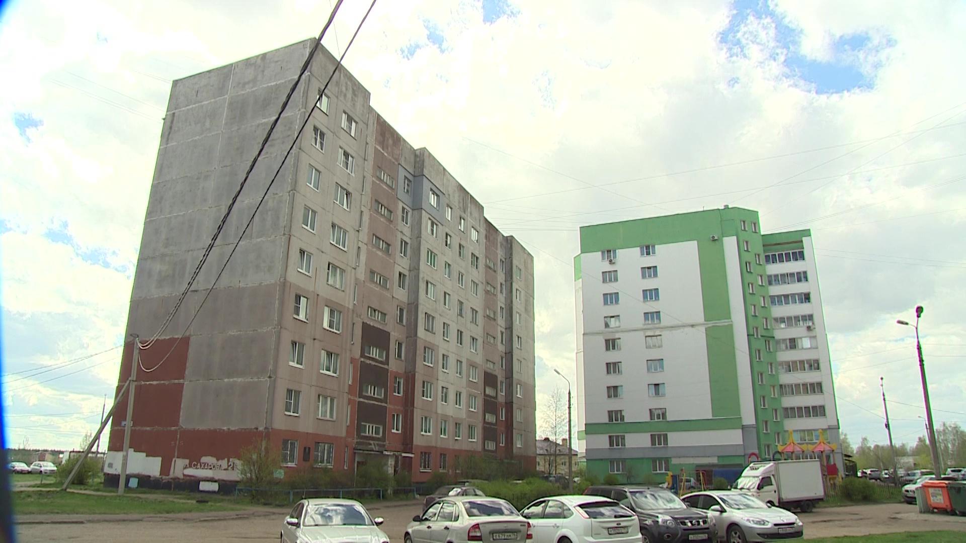 В девятиэтажном доме на Сахарова в Ярославле заменили лифт