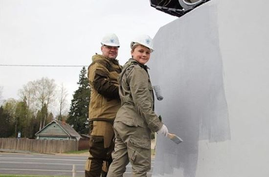 В Ярославской области обновили постамент памятника создателю танка Т-34