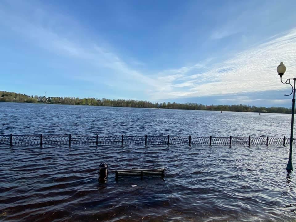 Подъем воды в Волге привел к подтоплениям в Ярославле и Рыбинске