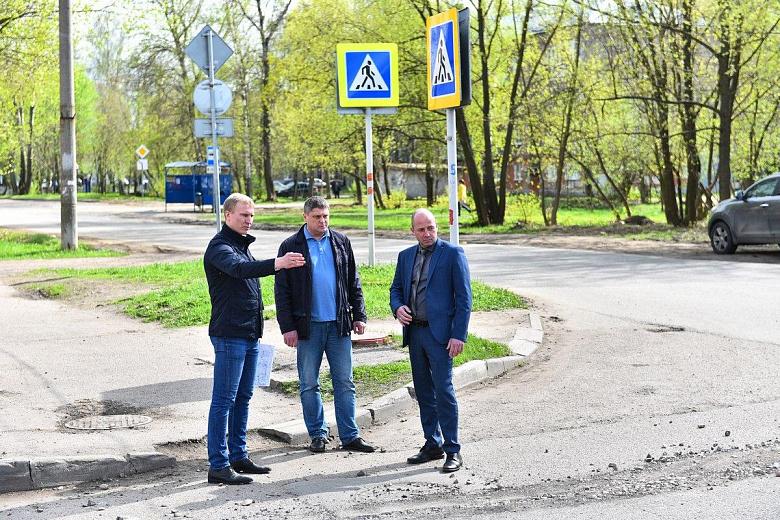 В Ярославле перекрыли перекресток Закгейма - 8 марта: как организовано движение