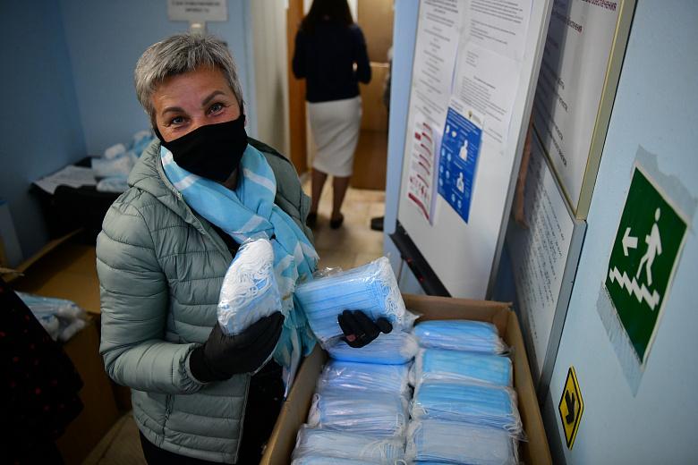 Многодетным малообеспеченным семьям Ярославля бесплатно выдадут маски