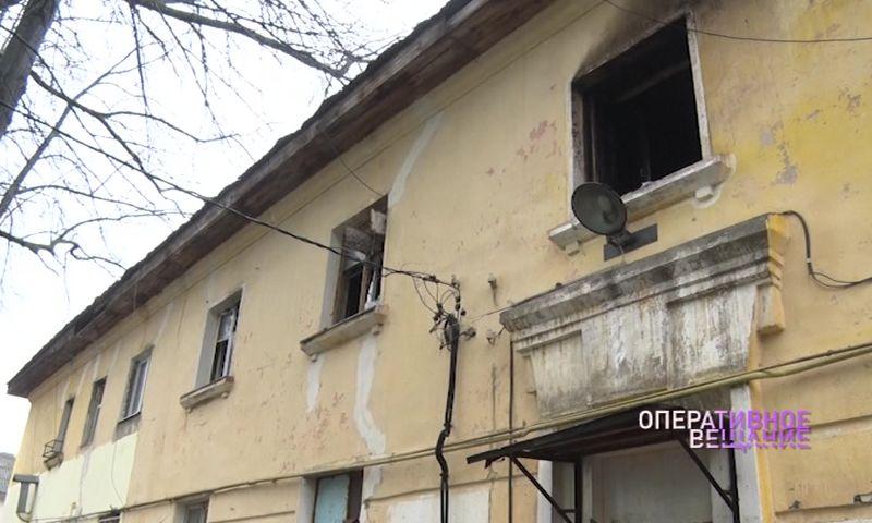 В дом на Зелинского, серьезно пострадавший от пожара, скоро вернутся люди