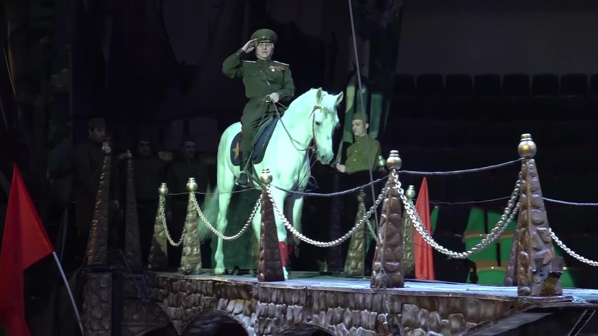 «Он научил нас жить»: артисты цирка рассказали о скончавшемся в Ярославле Тамерлане Нузгарове