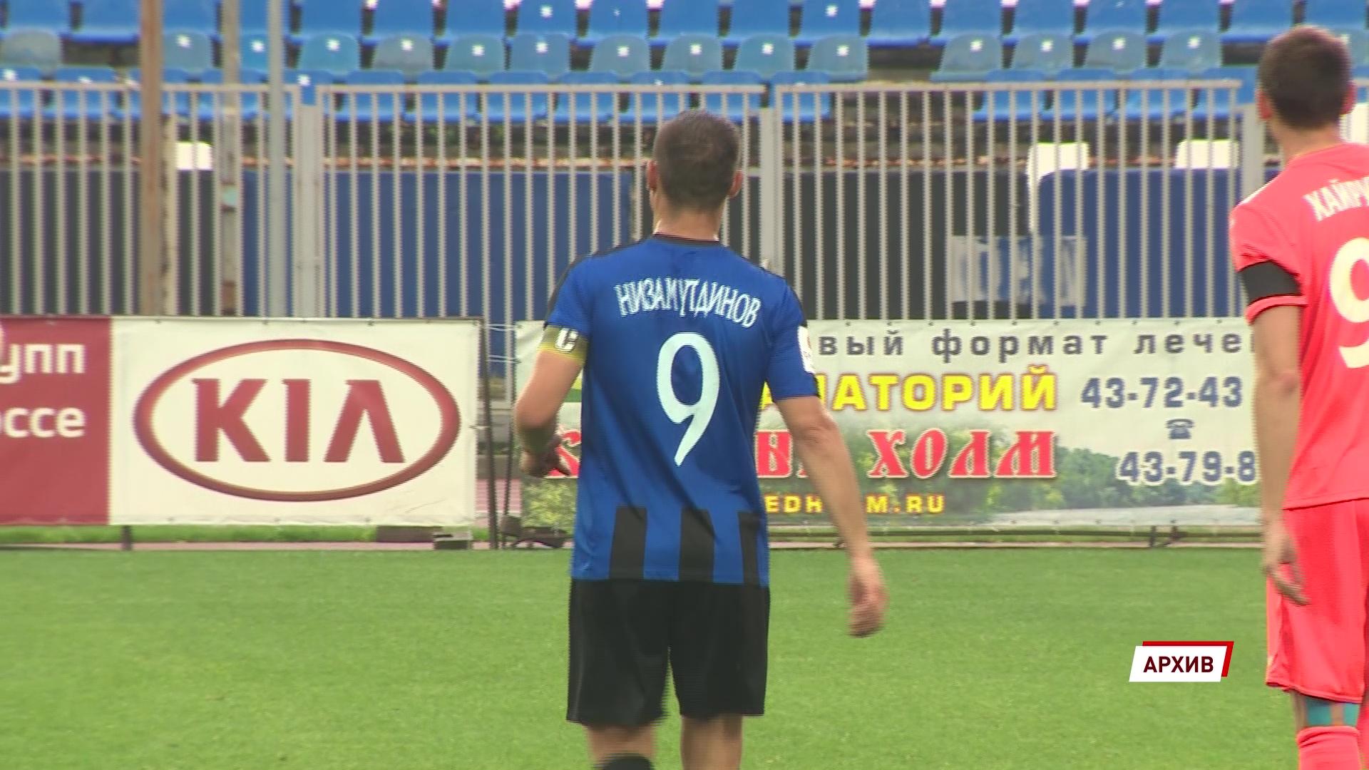 Эльдар Низамутдинов продлил контракт с «Шинником» на год