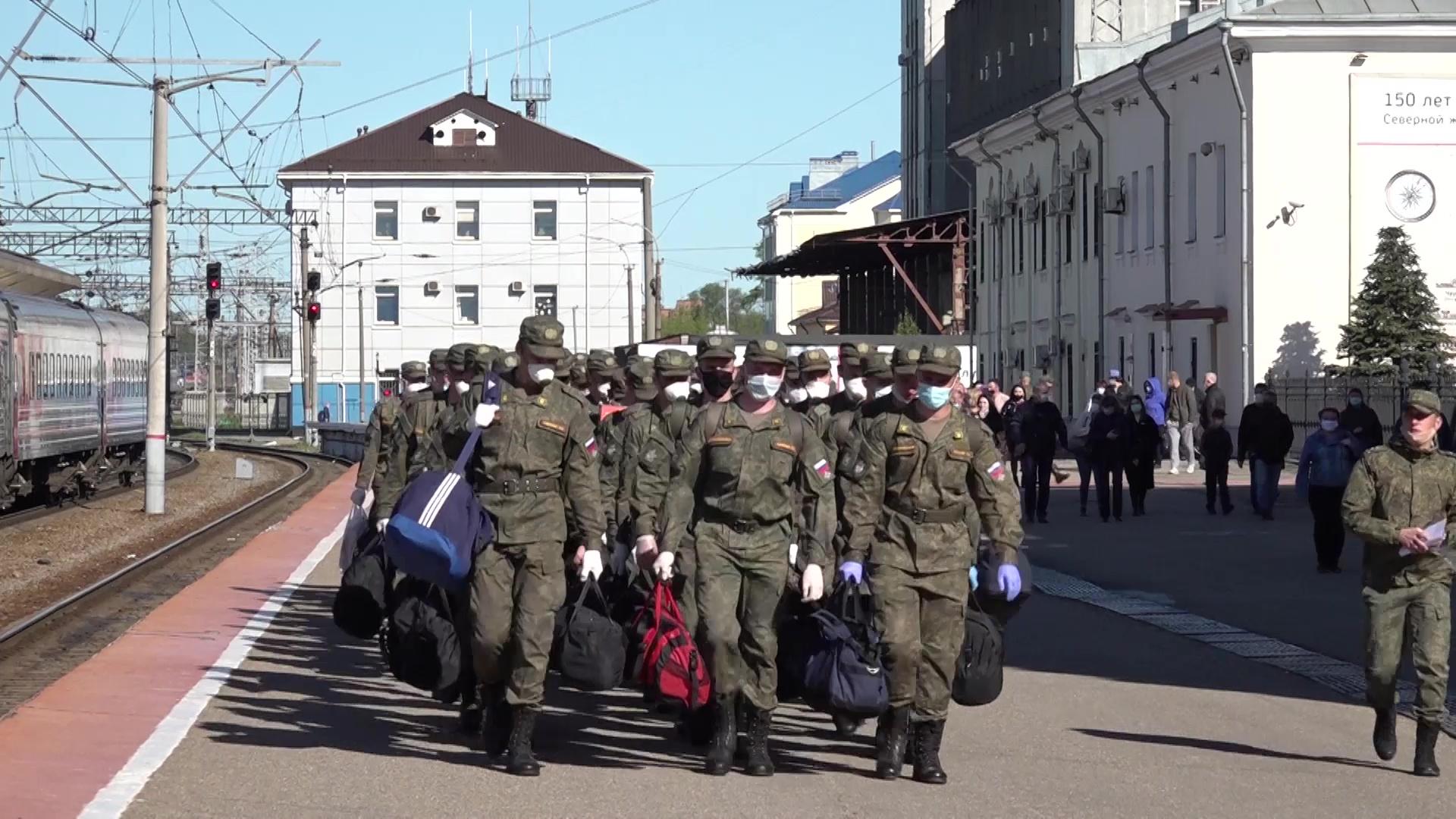 Параду Победы быть: ярославские военнослужащие снова отправились в Москву