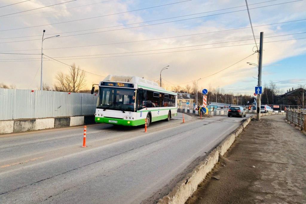 В Ярославле изменили схему движения автобусов из-за Добрынинского путепровода