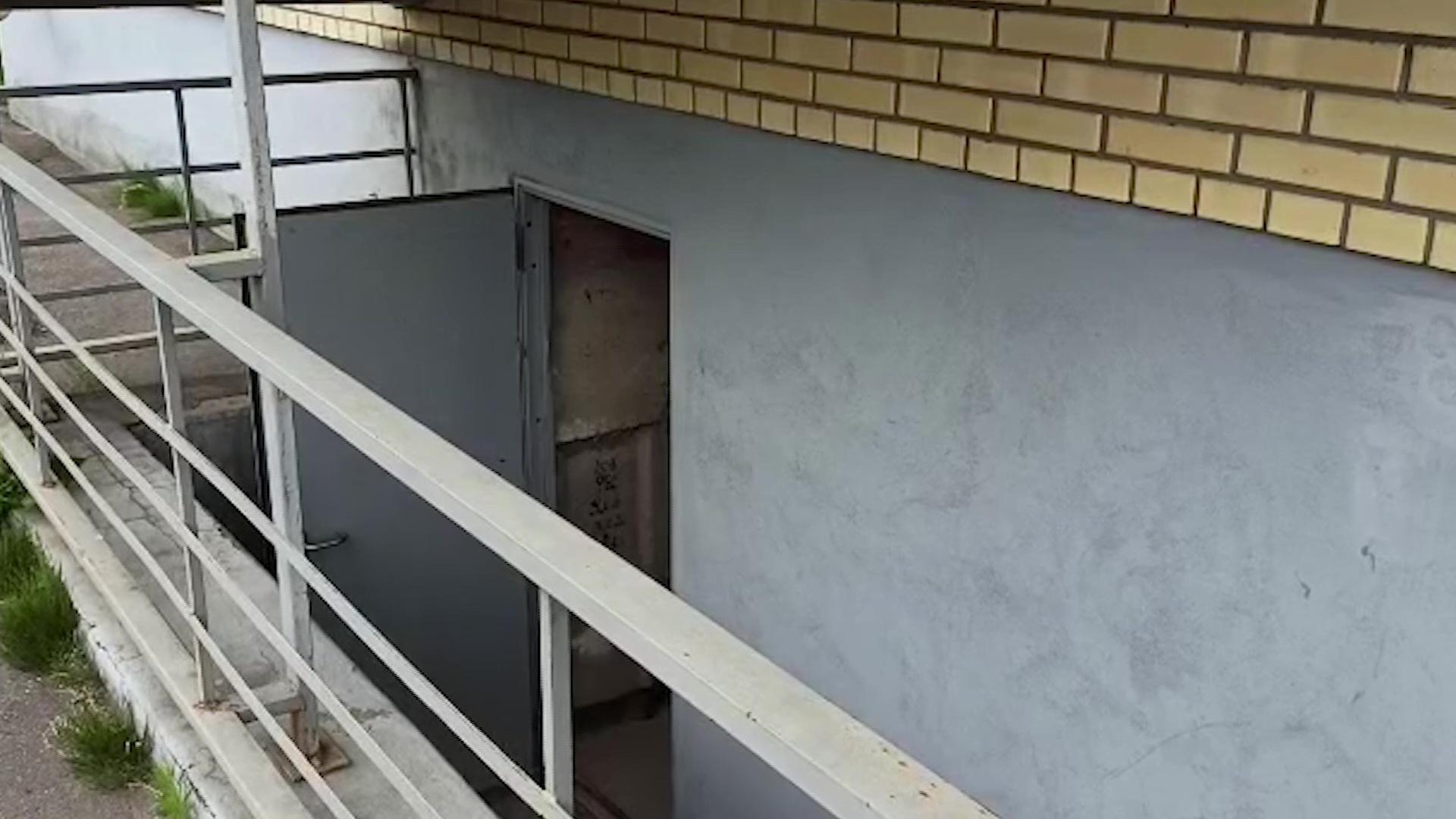 Украли только дорогие велосипеды: под Ярославлем воры вскрыли все помещения в подвале дома