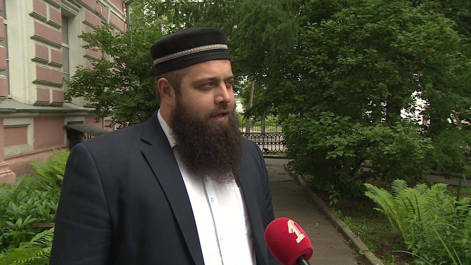 """Арсланбек Акаев: """"Изменения, которые вносятся в Основной закон, важны именно для религиозных деятелей"""""""
