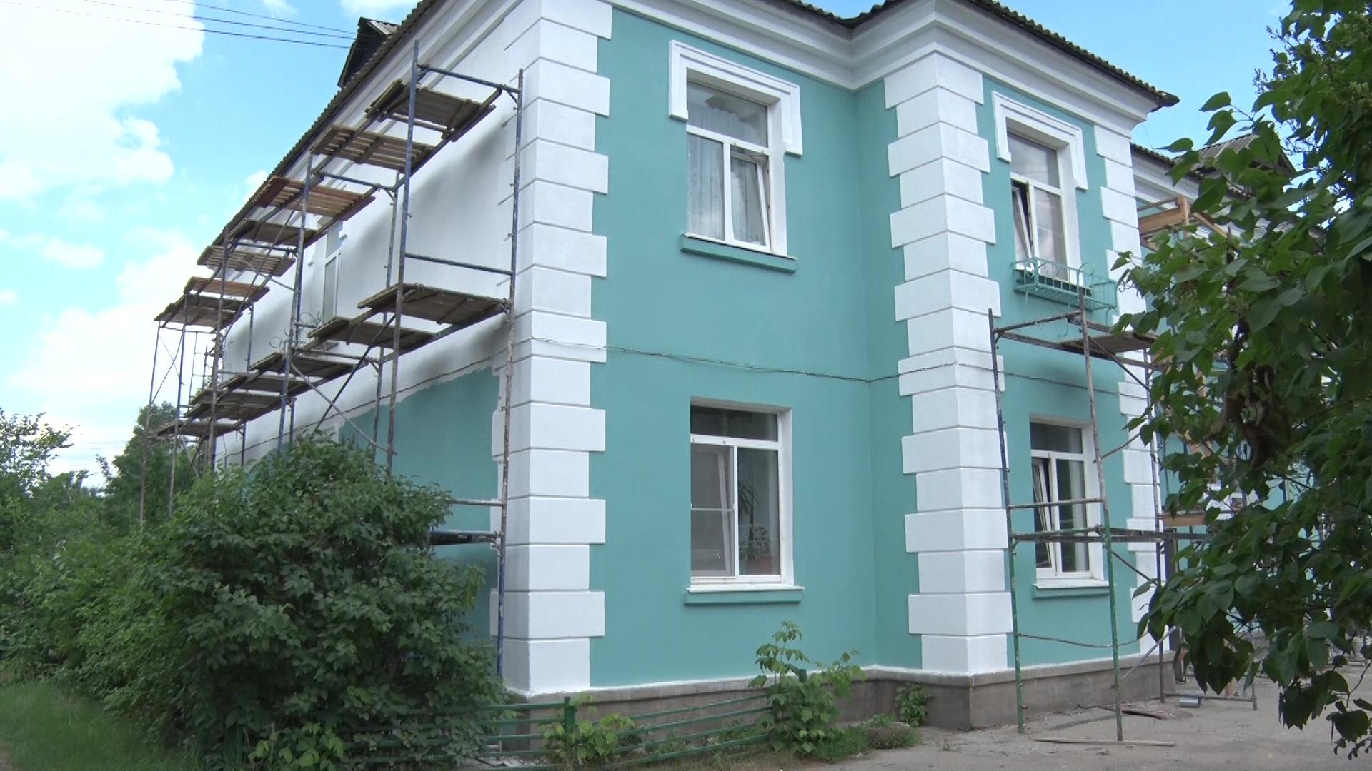 На улице Клубной в Ярославле капитально отремонтировали двухэтажный дом