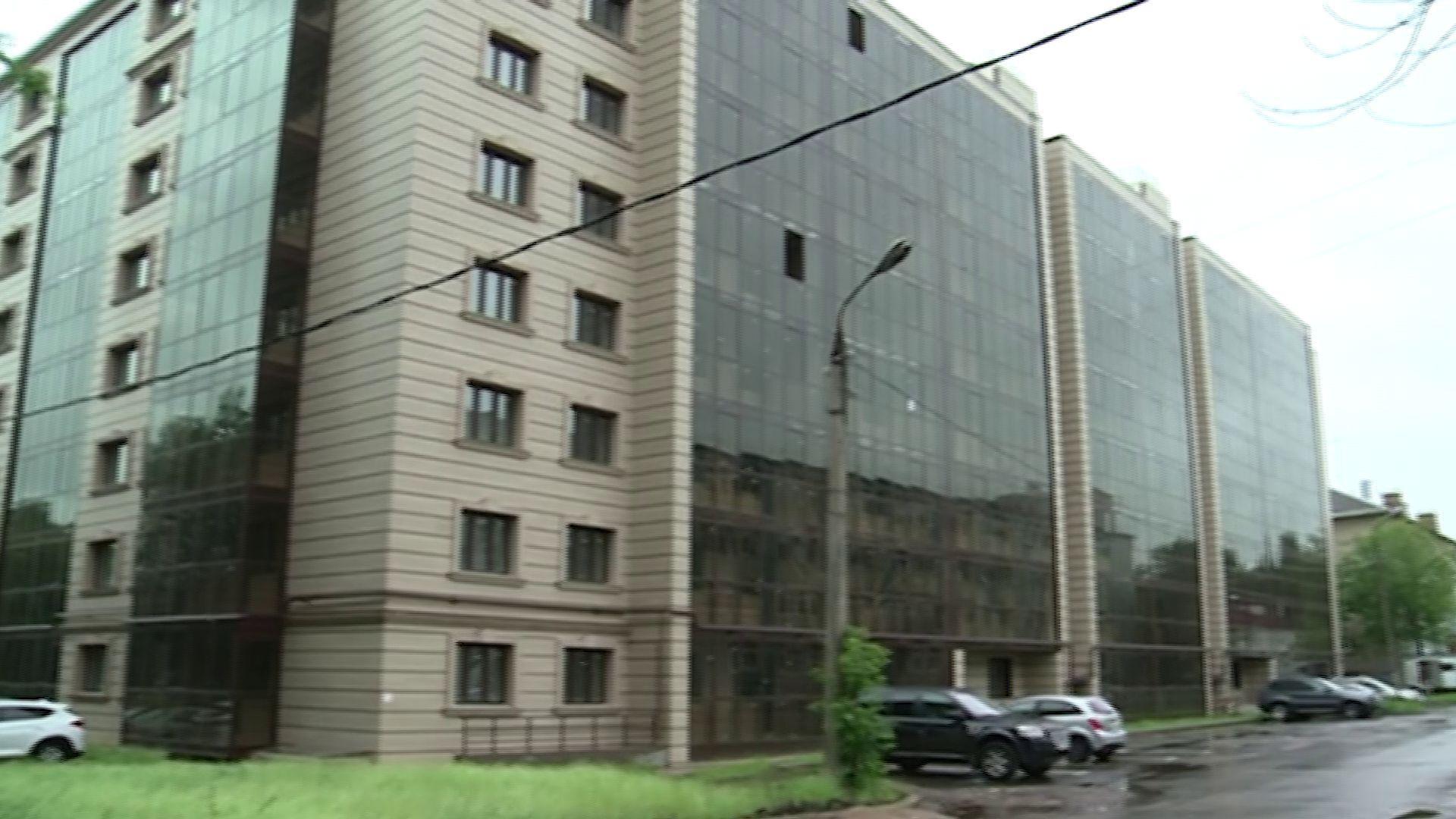 Дольщики дома на Большой Октябрьской заселились в долгожданные квартиры