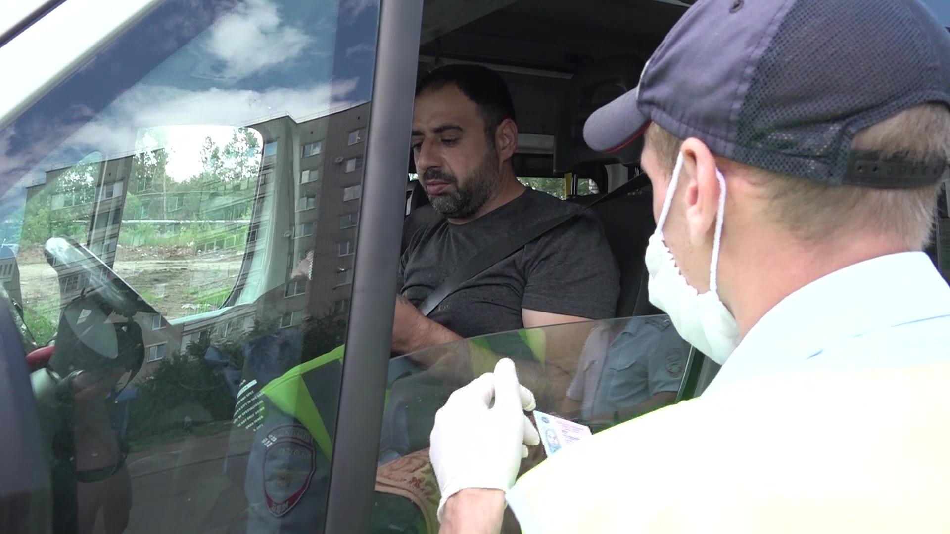 В общественном транспорте Ярославля прошел рейд по маскам