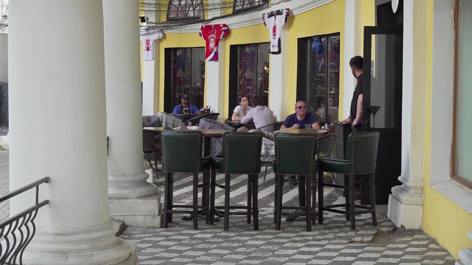В Ярославской области проходят рейды по барам, кафе и ресторанам