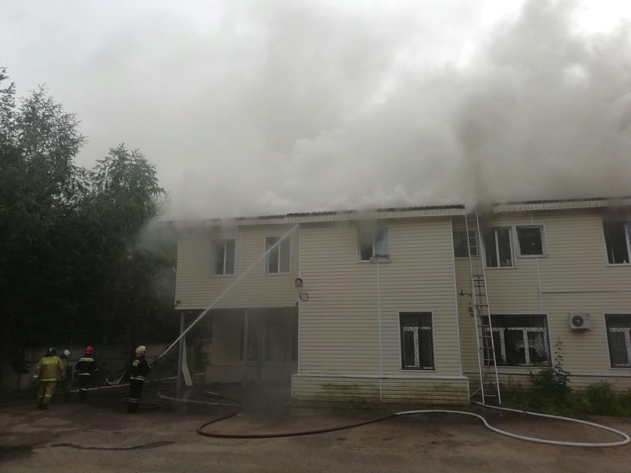Пожар в здании МВД на Ухтомского в Ярославле потушен