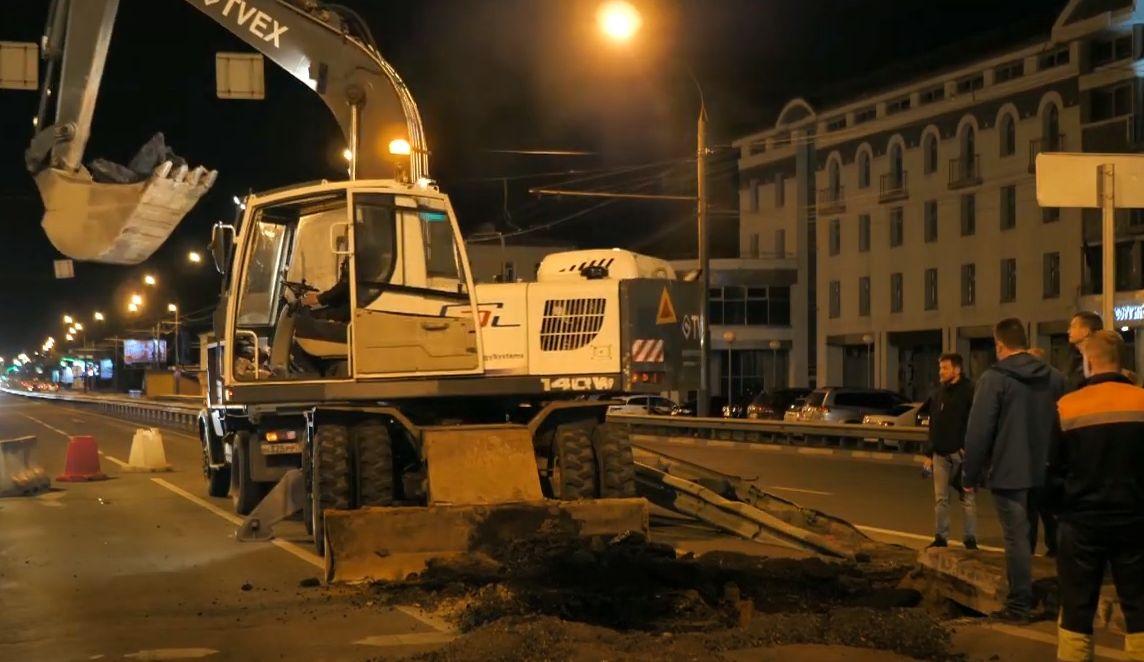 В Ярославле закончили ремонтировать провал в асфальте на Московском проспекте