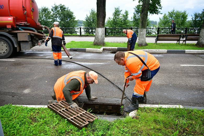 Ярославские ливневки чистятся ежедневно