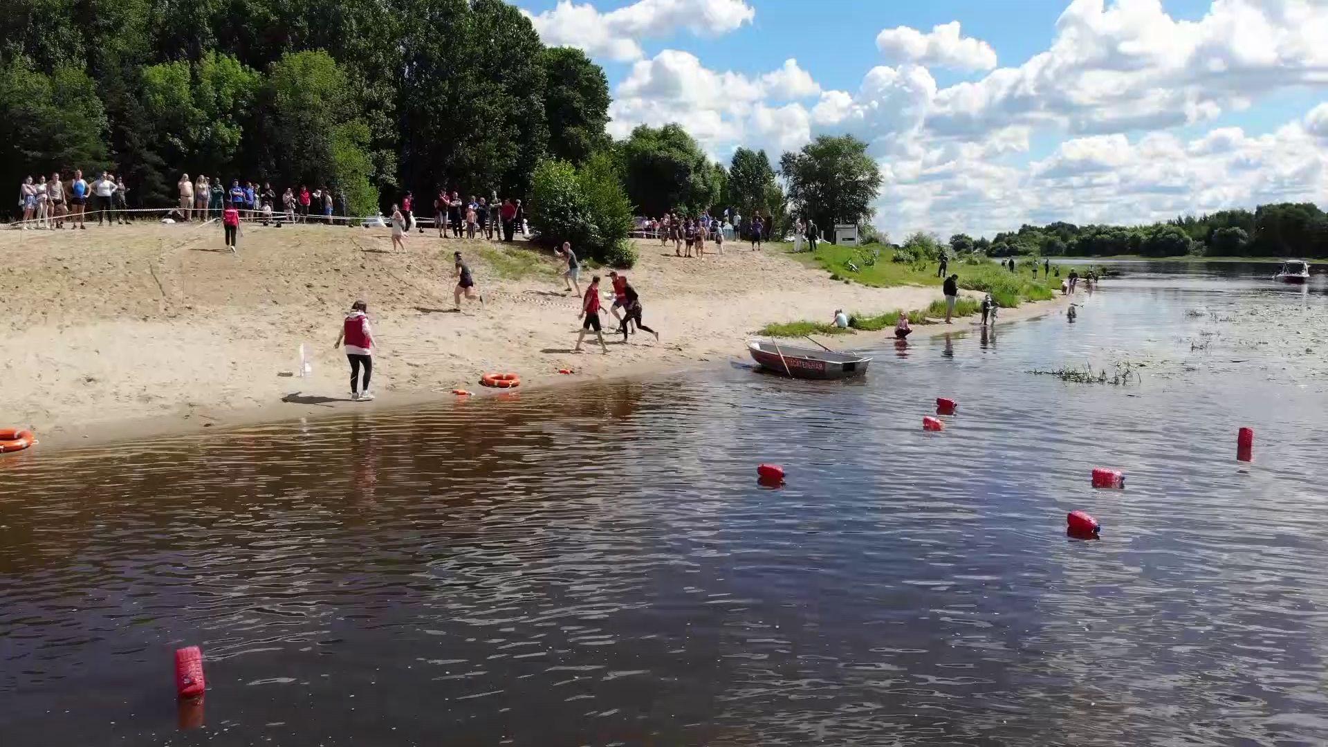 В Ярославле прошли соревнования по водно-спасательному многоборью