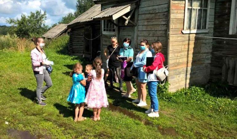 У жительницы Ярославской области забрали пятерых детей