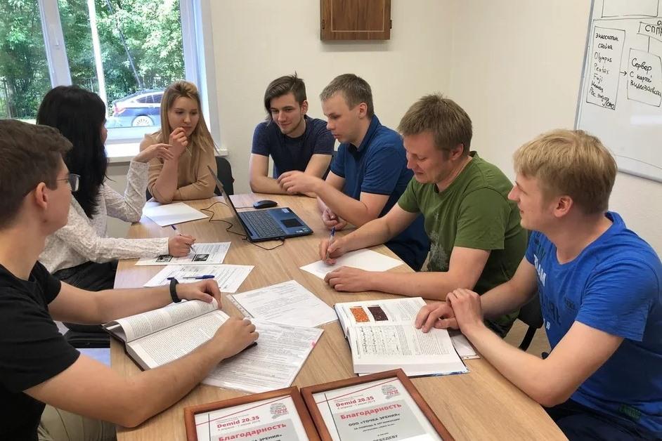 Ярославские студенты, изучающие высокие технологии и искусственный интеллект, смогут пройти практику в ведущих IT-организациях области