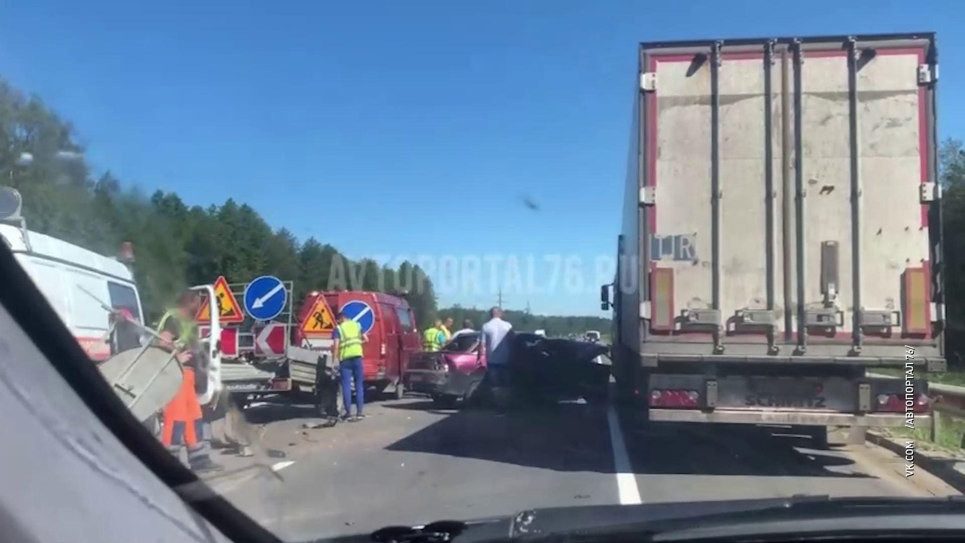 В ДТП под Ростовом пострадал один человек