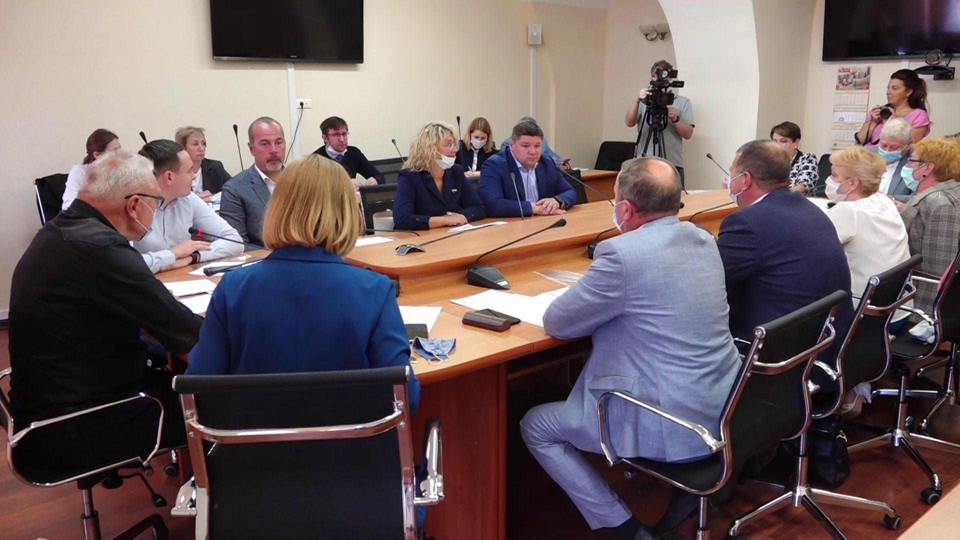 Ярославская областная Дума предложила вариант по повышению зарплаты для бюджетников