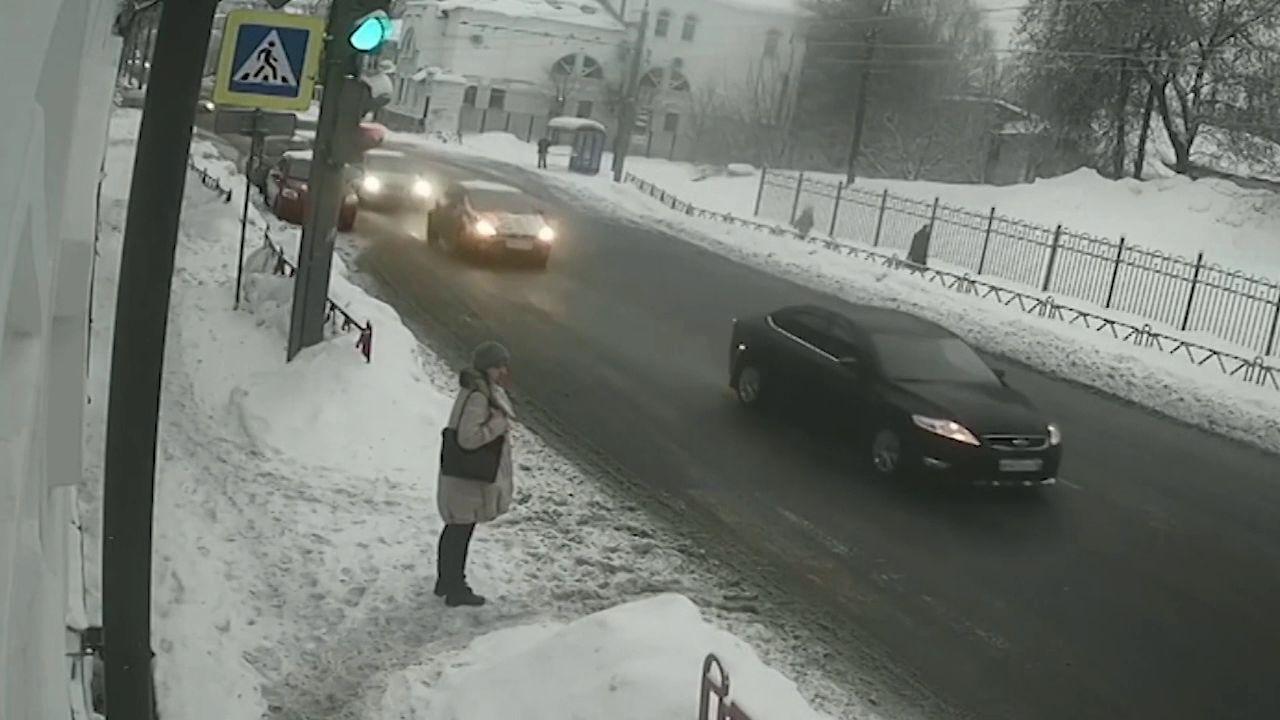 Суд поставил точку в истории женщины, на которую рухнула снежная глыба