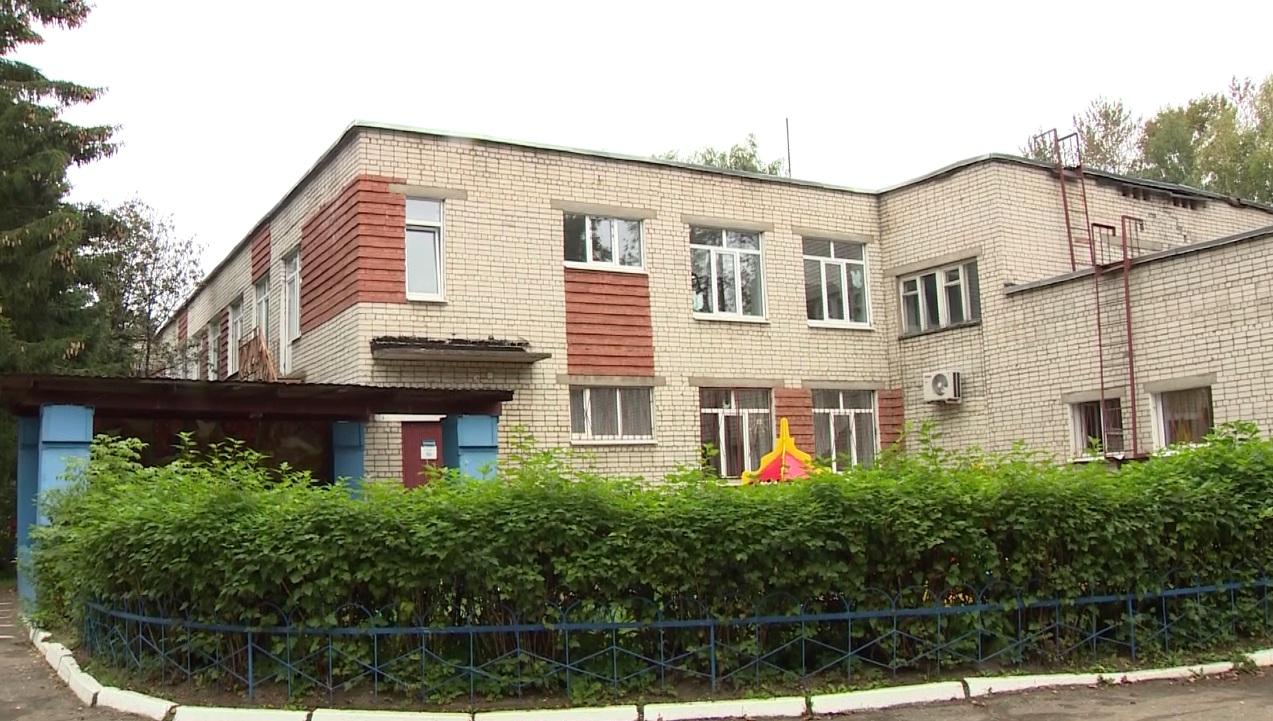 Во Фрунзенском районе преобразились 11 детских садов, четыре школы и один дом культуры