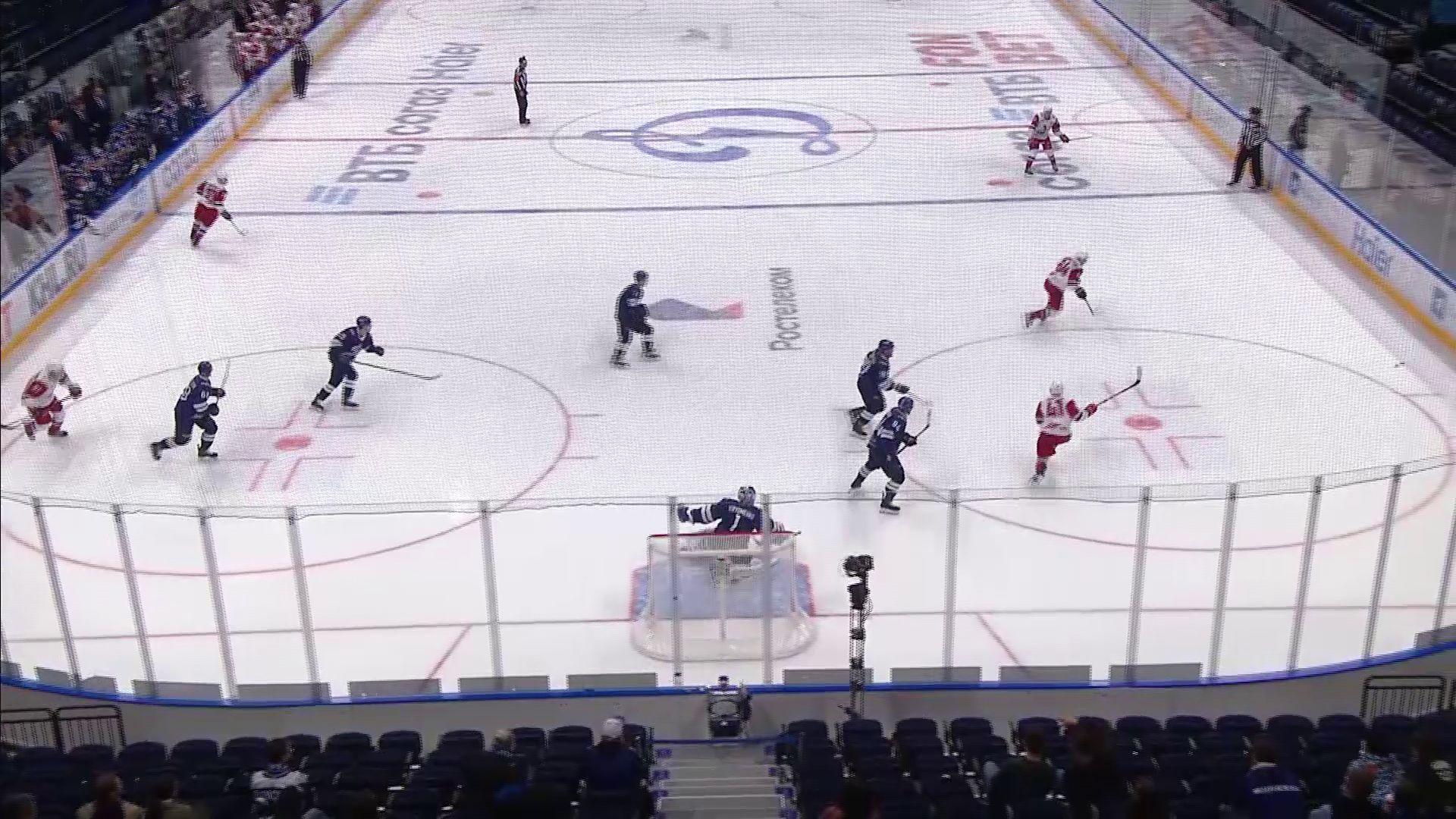 «Локомотив» одержал третью победу подряд на старте чемпионата КХЛ