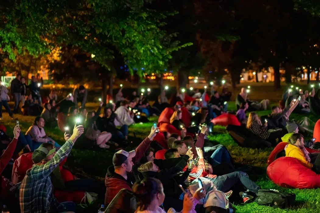 В День города на Стрелке пройдет Фестиваль уличного кино: список фильмов