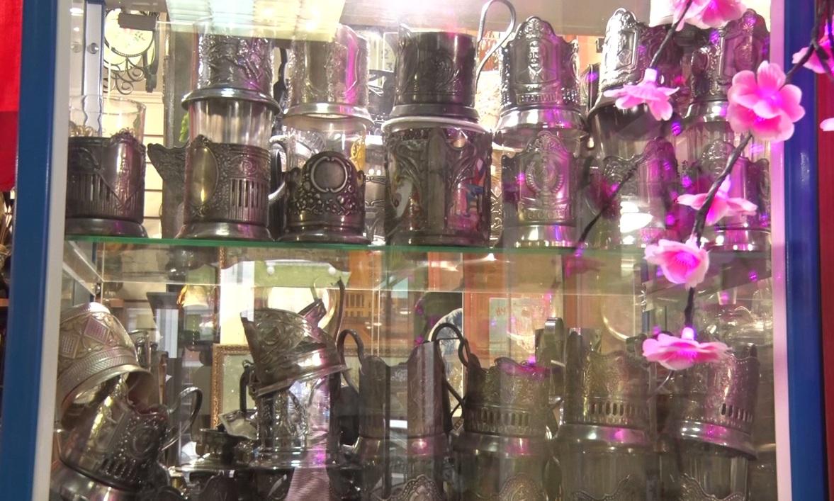 Утреннее шоу «Овсянка» от 11.09.20: узнаем о Дне граненого стакана и беседуем с главным режиссером ТЮЗа