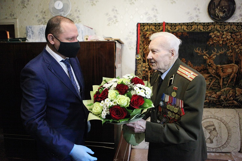 Ветеран Великой Отечественной войны празднует вековой юбилей