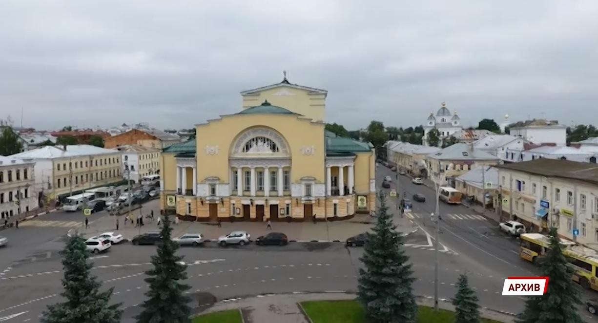 Худрук Волковского, госпитализированный в ковид-клинику, не контактировал с труппой и администрацией
