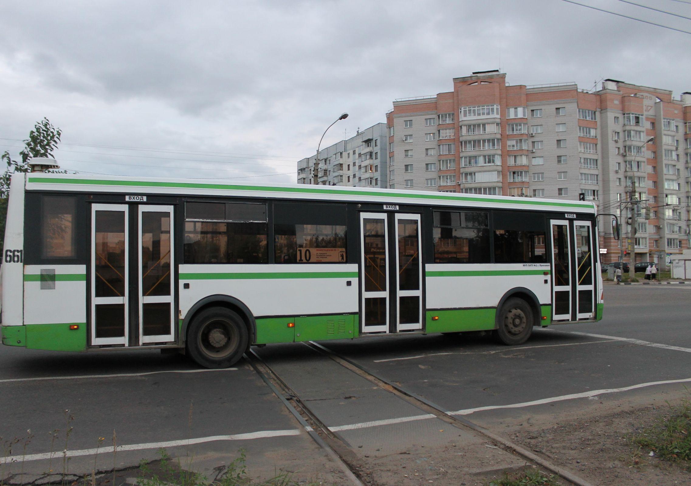 Автобусы и маршрутки в Дзержинском районе временно изменят схемы движения