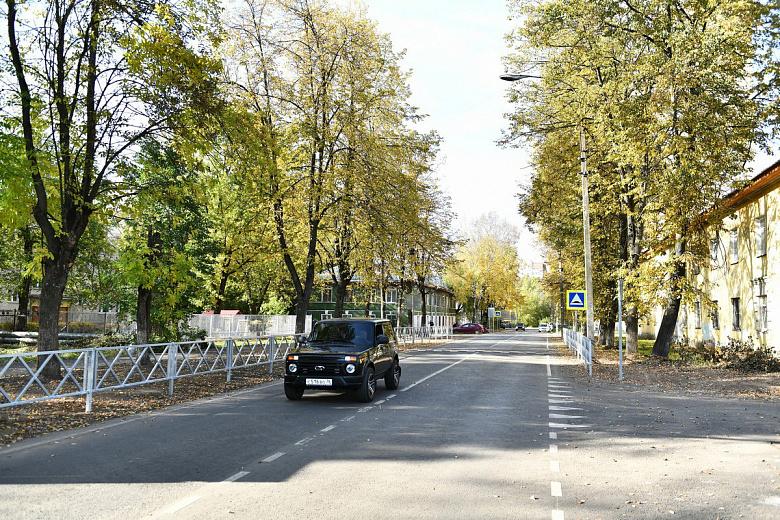 В Ярославле проверили ход ремонтных работ на улице Балтийской во Фрунзенском районе