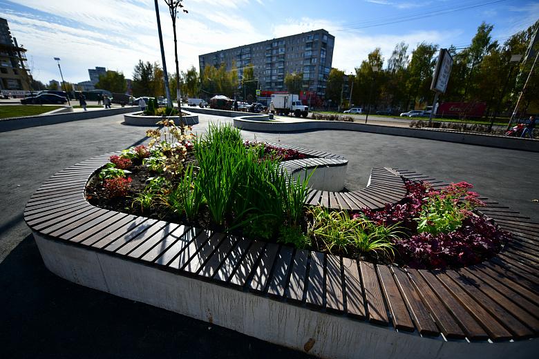 В Ярославле завершили благоустройство сквера на проспекте Машиностроителей