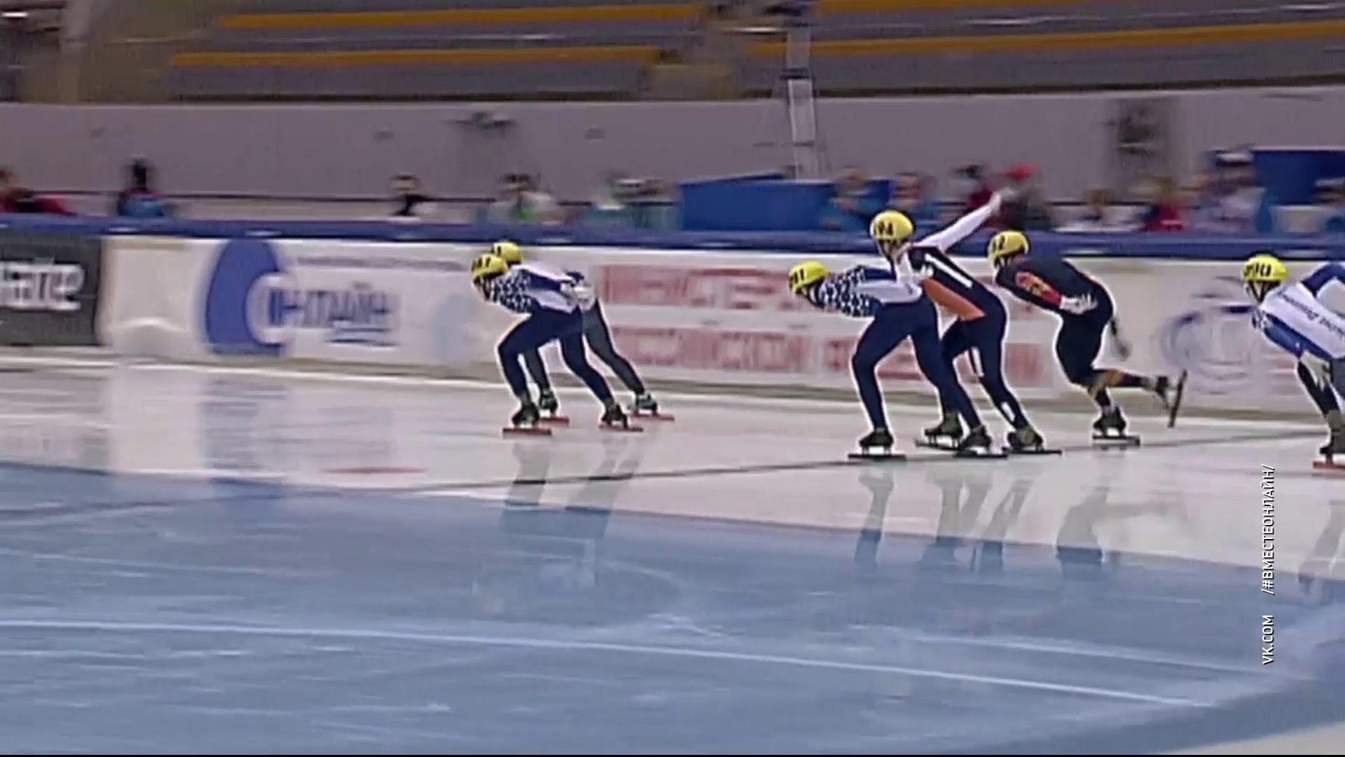 В Рыбинске стартовали межрегиональные соревнования по шорт-треку