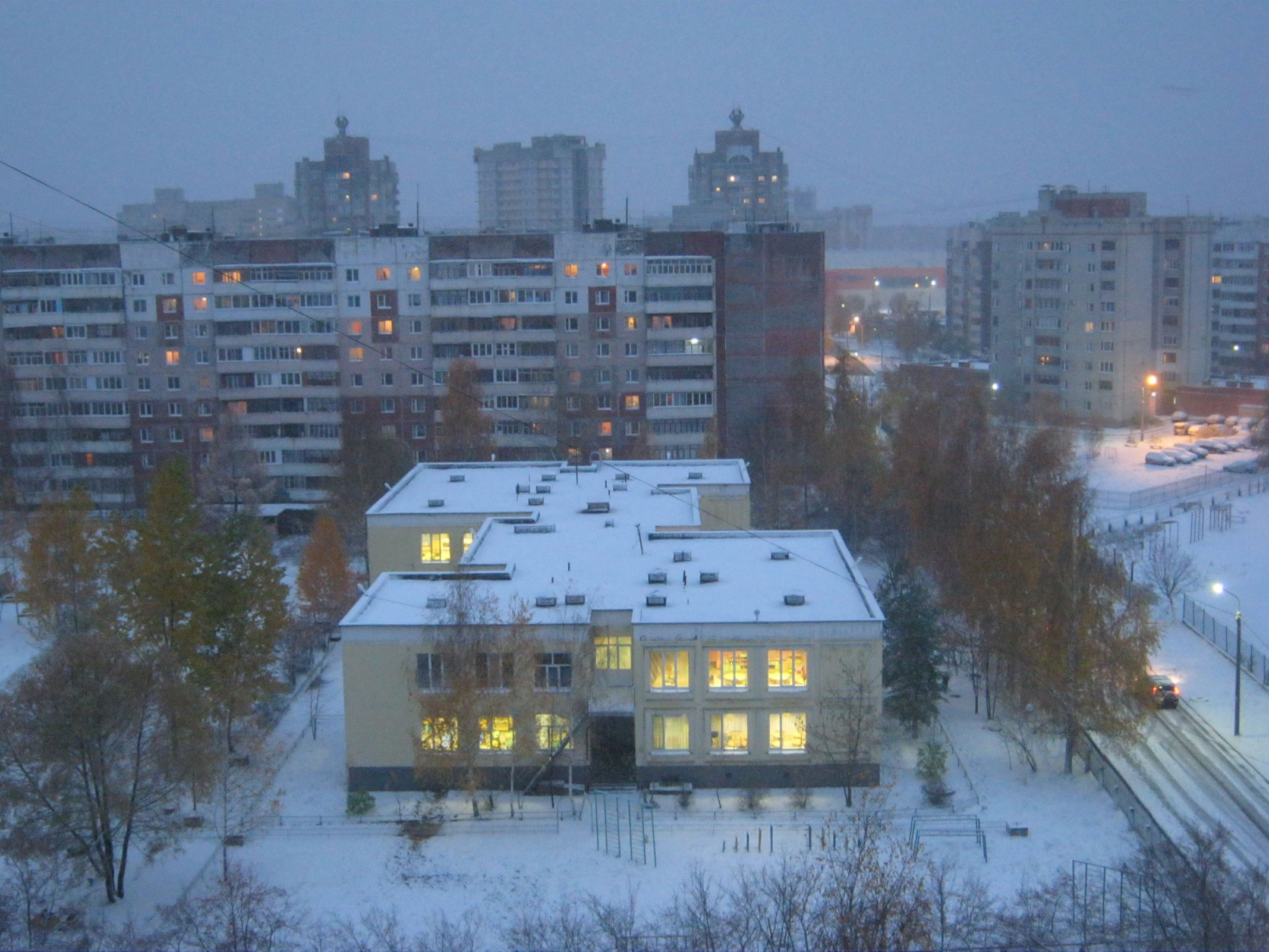 Аномальное тепло в Ярославле сменится обвалом холода и первым снегом