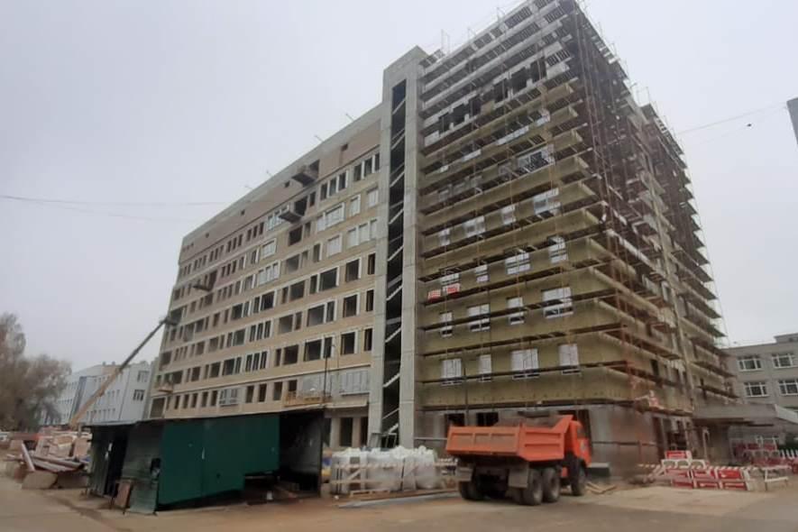 В Ярославле завершили строительство коробки хирургического корпуса областной онкобольницы
