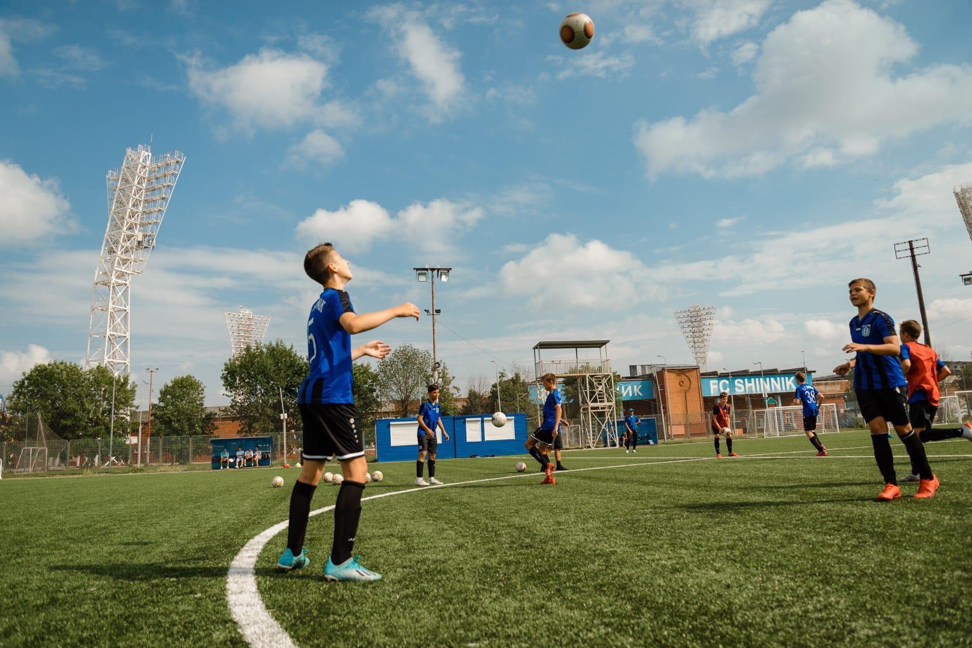 Дмитрий Миронов: центру подготовки юных футболистов «Шинника» присвоен статус регионального центра РФС