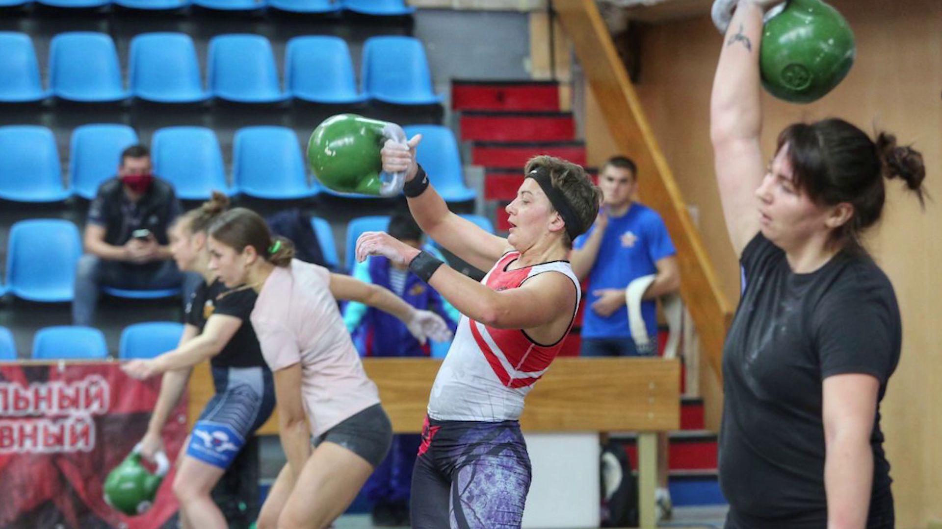 Ярославские десантники выступили на Кубке Вооруженных сил по гиревому спорту