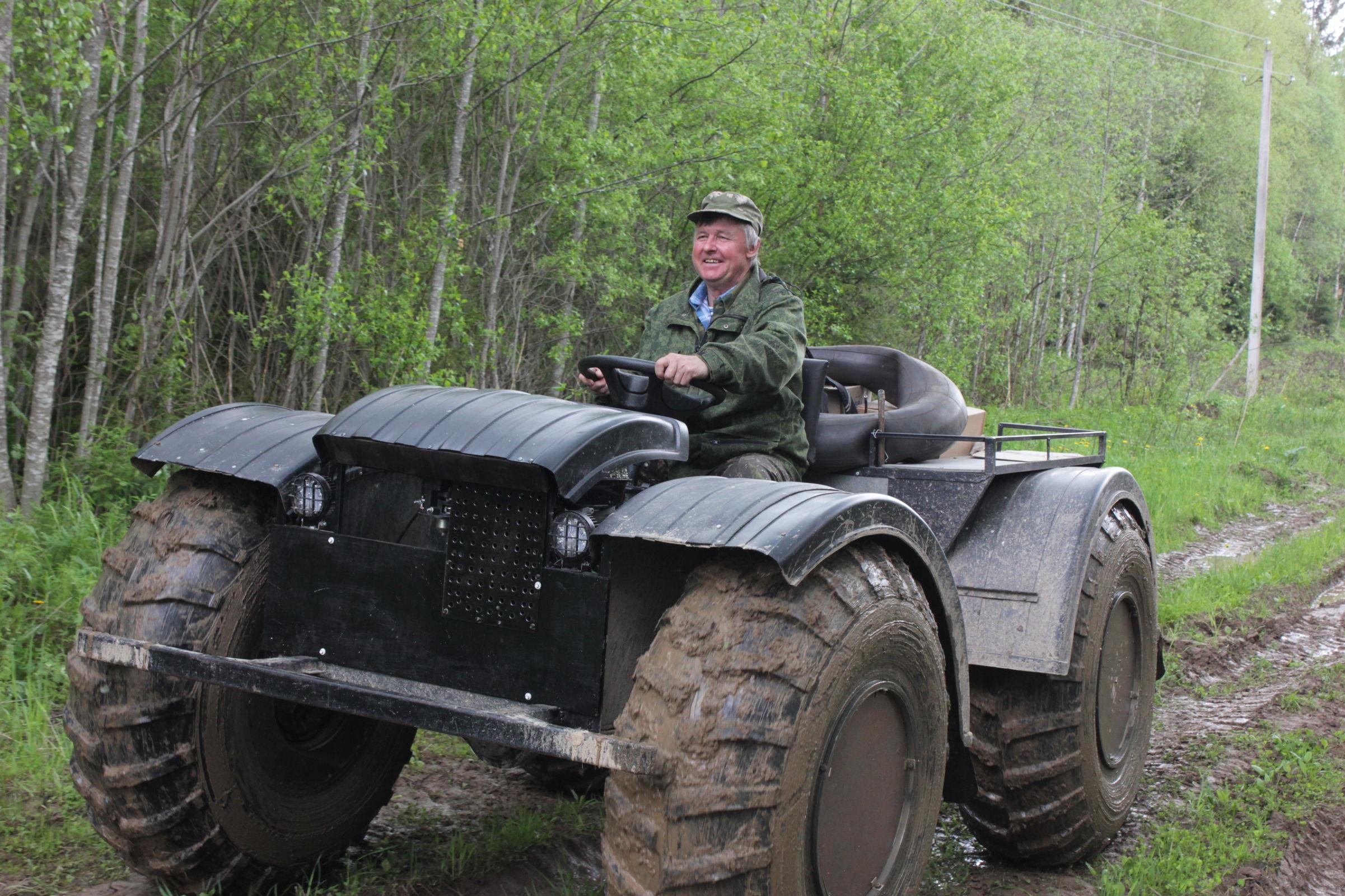 Поддержим наших: ярославский почтальон на вездеходе участвует во Всероссийском проекте