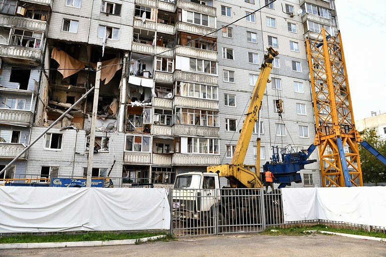 Дом на Батова признали аварийным