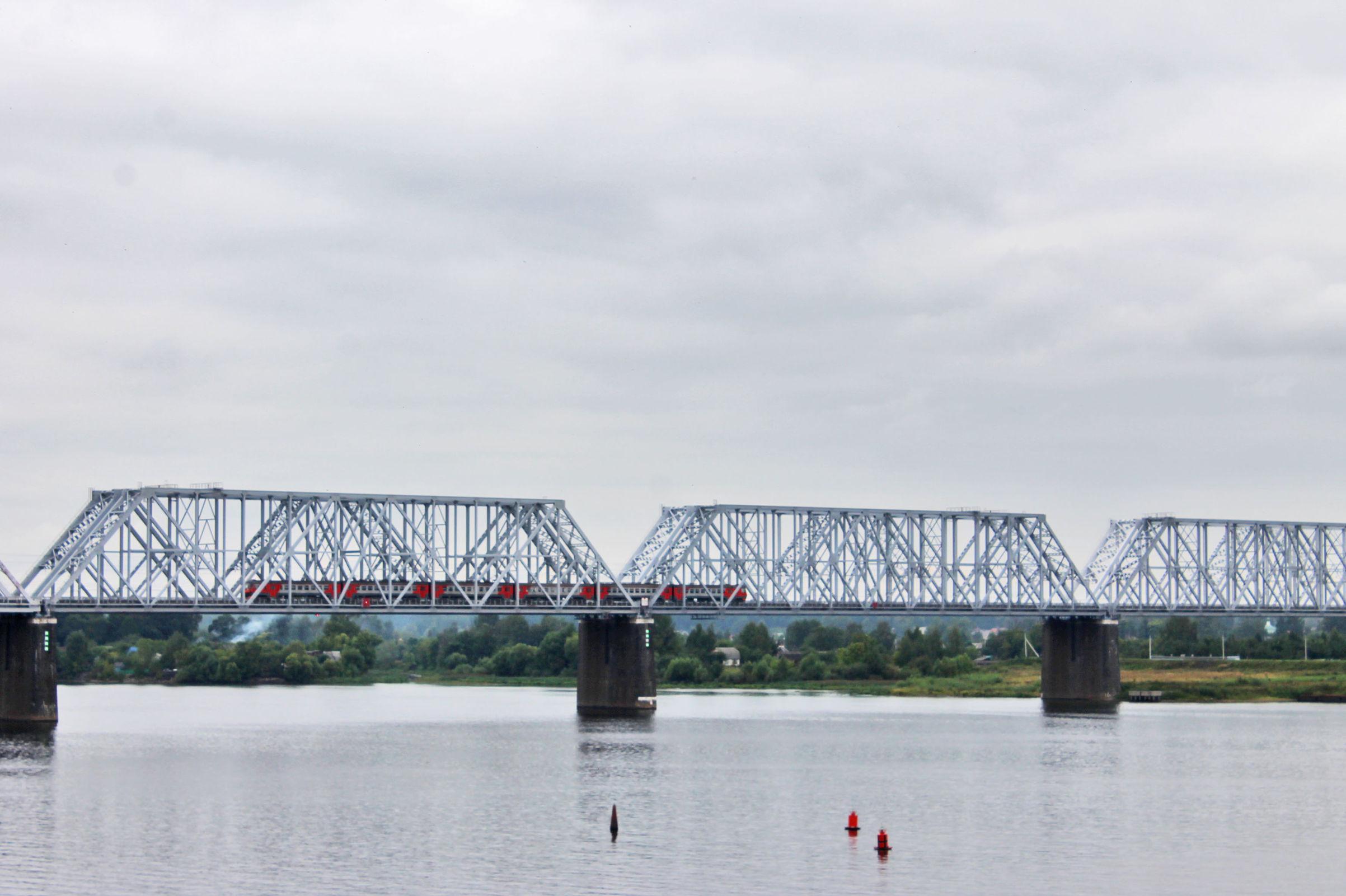 Власти Ярославля запланировали строительство новой окружной дороги и третьего моста через Волгу