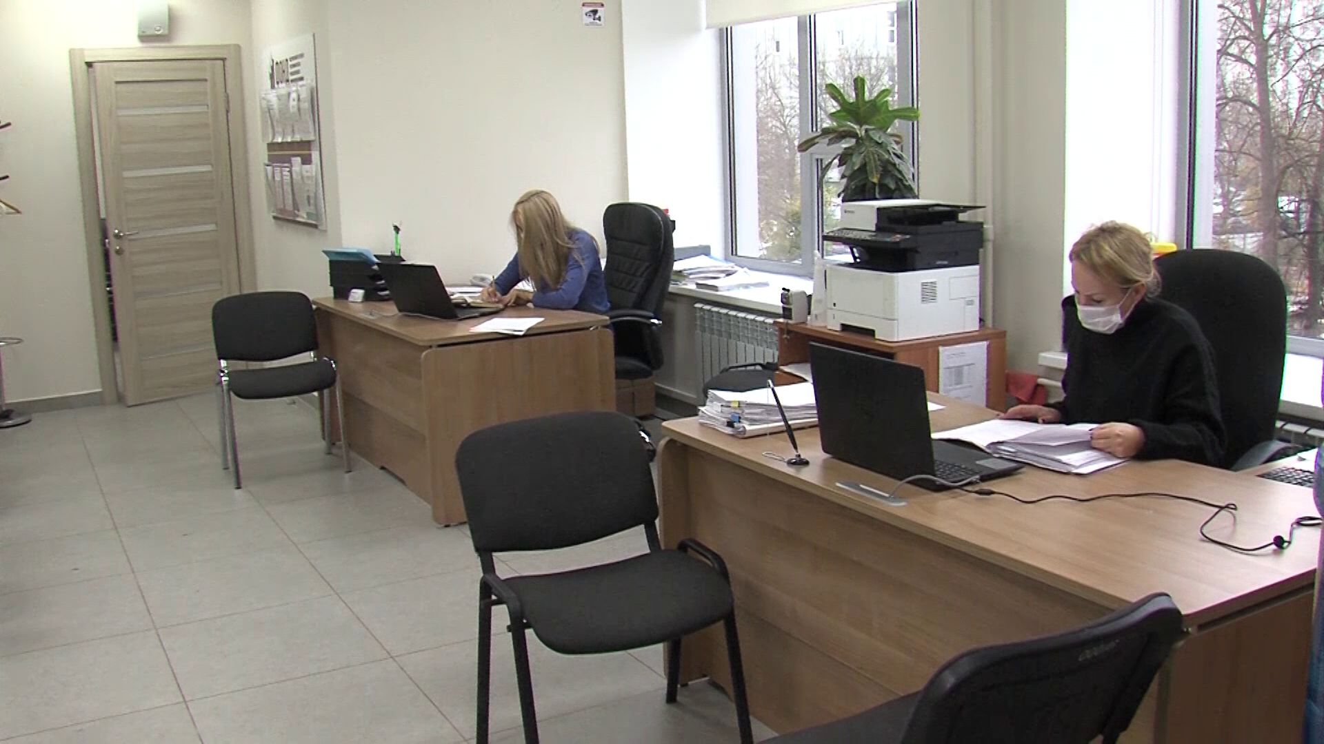 Правительство региона продолжает оказывать финансовую поддержку предпринимателям