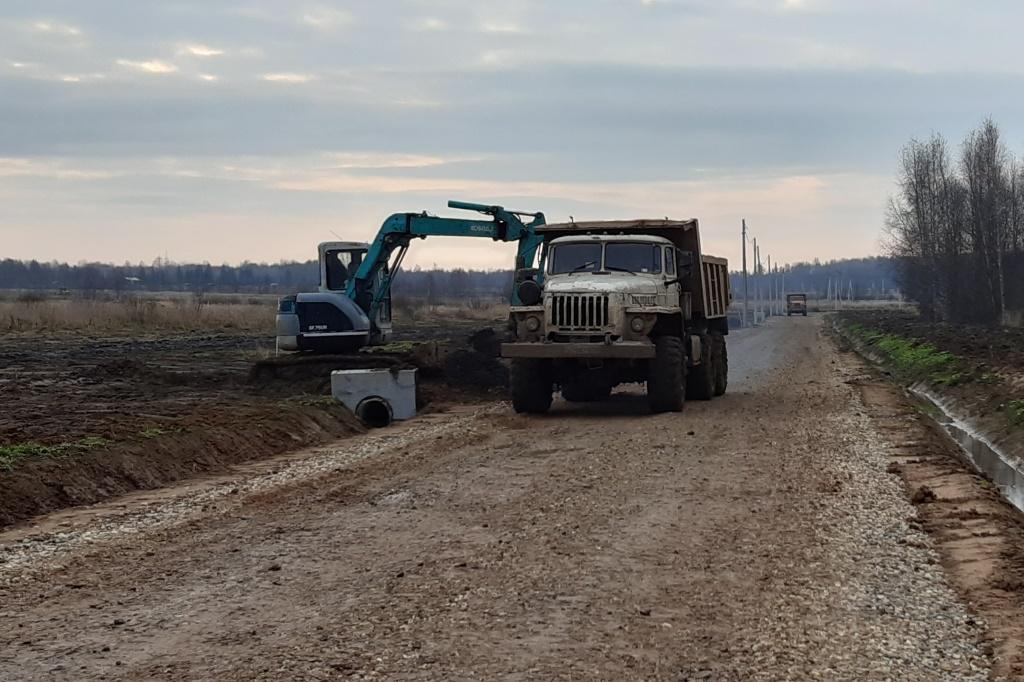 Более 200 молодых и многодетных семей в деревне Глебовское получили земельные участки под жилищное строительство