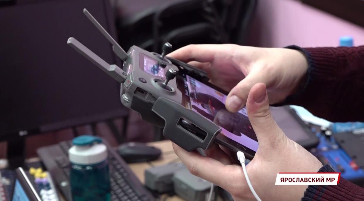 На новейшей технике с 12 лет: школьники Ярославской области получают знания в современных технопарках
