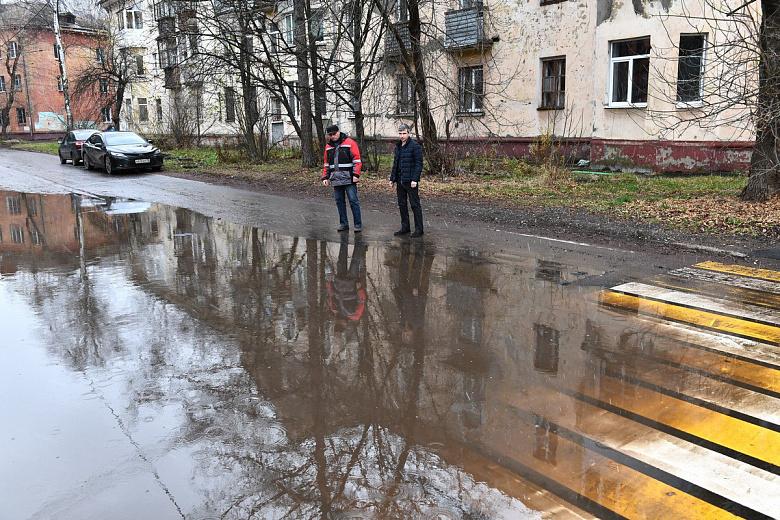 Дефект на пересечении улиц Кудрявцева и Радищева устранит подрядчик по гарантии