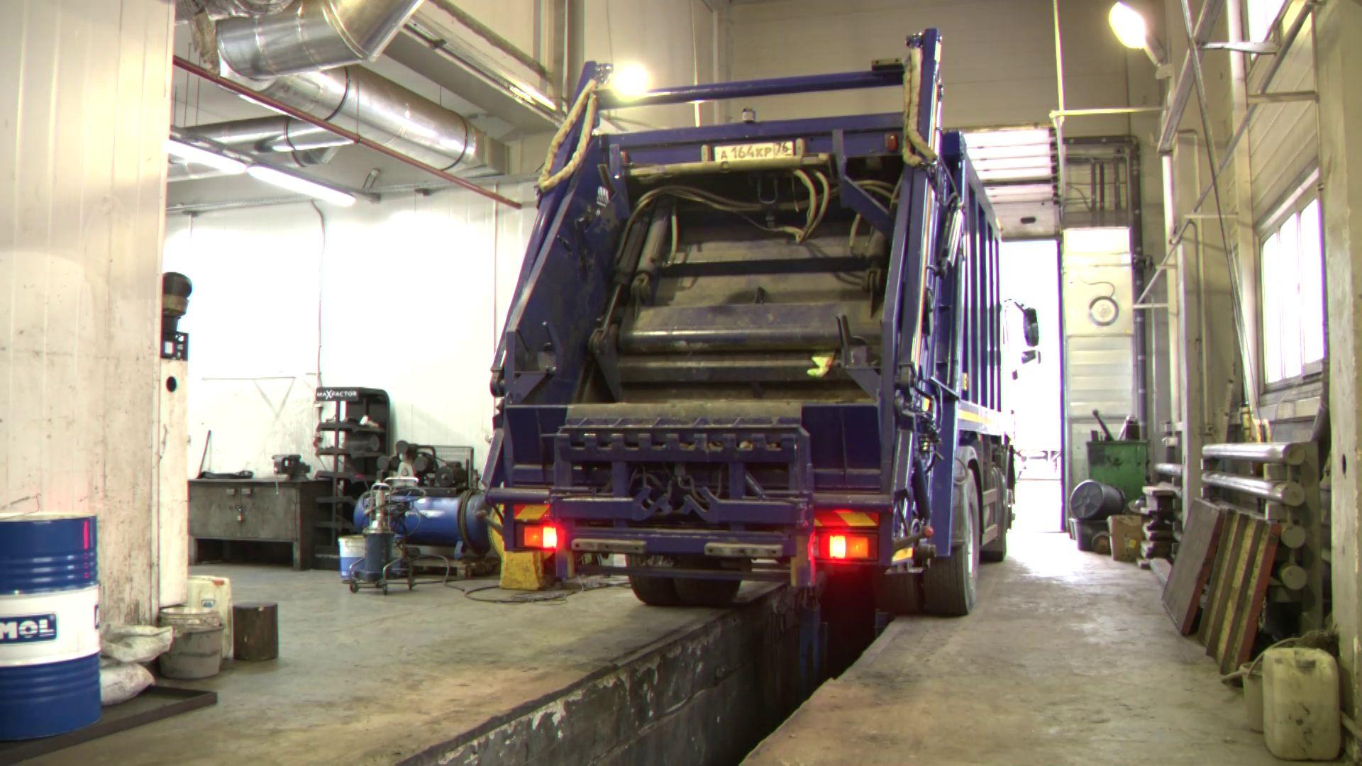 В Ярославской области мусоровозы подготовили к зиме
