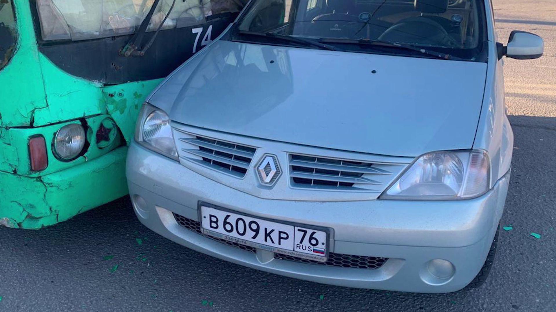 В Рыбиснке в ДТП легковушки и троллейбуса пострадали две женщины