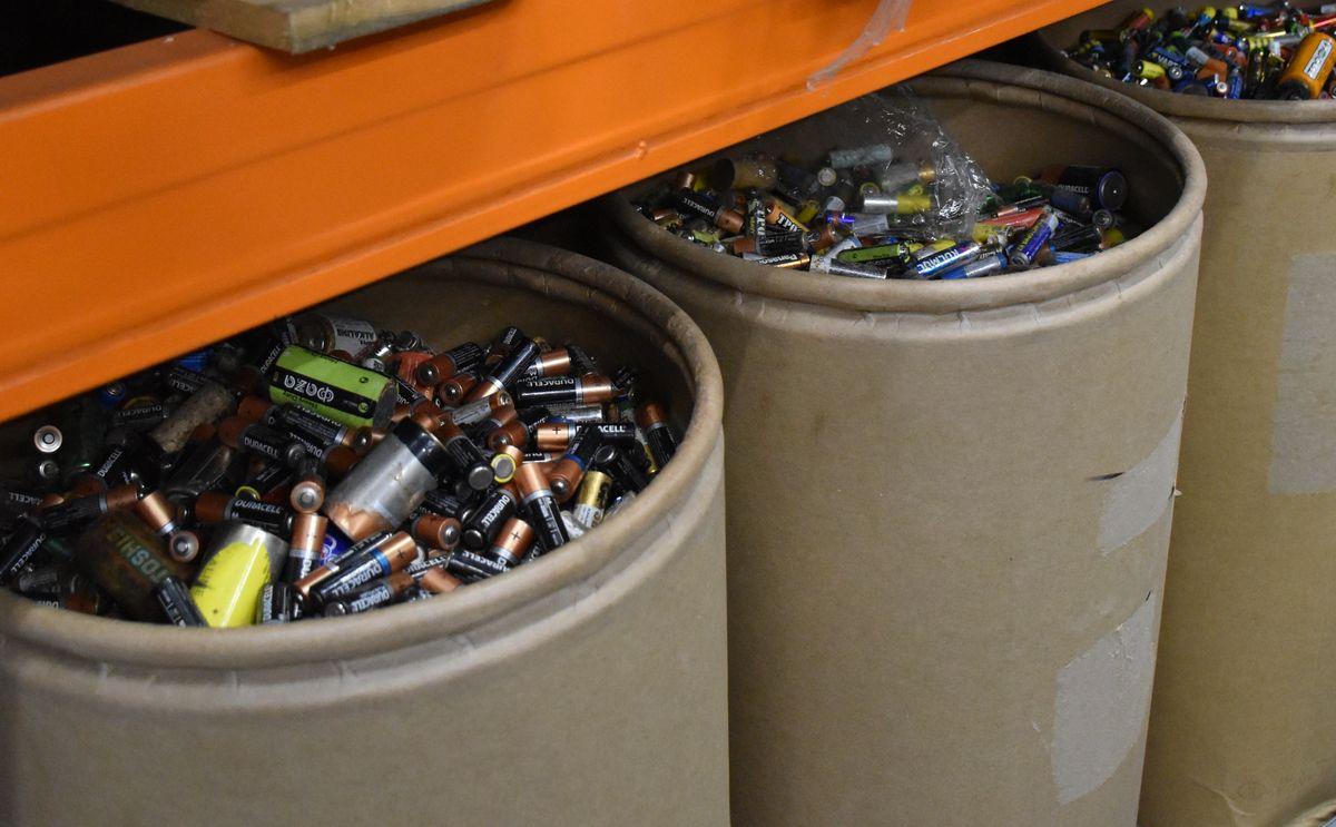 Ярославцы с начала года сдали на переработку почти десять тонн батареек